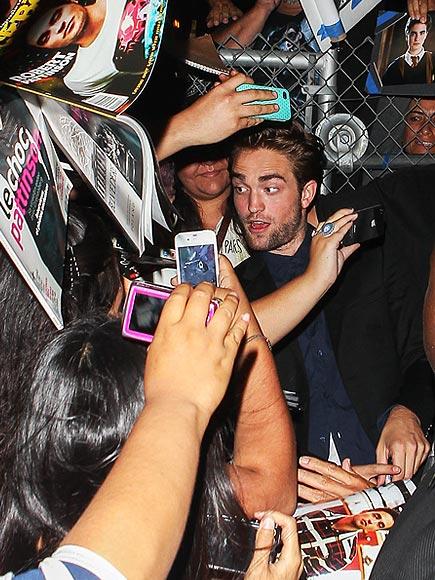 FLASH MOB photo | Robert Pattinson