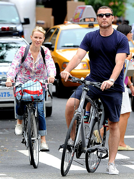 LAND CRUISING photo | Liev Schreiber, Naomi Watts