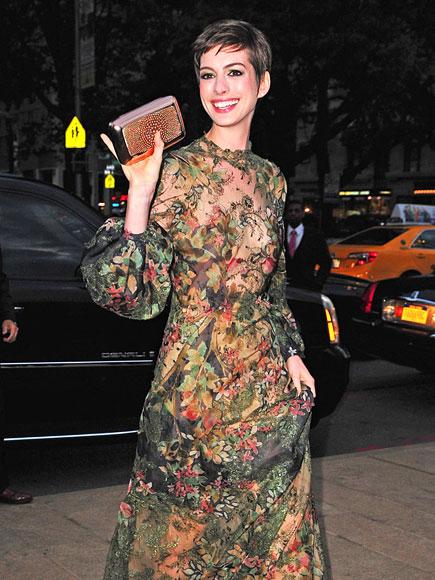 PRINTS-ESS DIARIES photo | Anne Hathaway