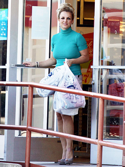 SHOP GIRL photo | Britney Spears