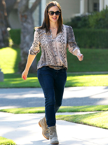 BOOT SCOOT photo | Jennifer Garner