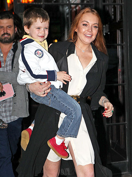 LIFT OFF photo | Lindsay Lohan