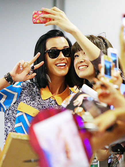 PEACE IN A POD photo | Katy Perry