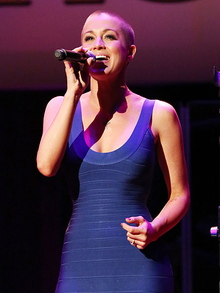 MIC NIGHT photo | Kellie Pickler
