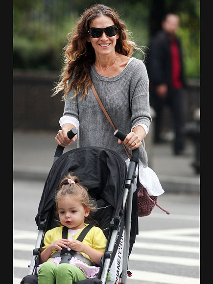 MOMMY MODE photo | Sarah Jessica Parker