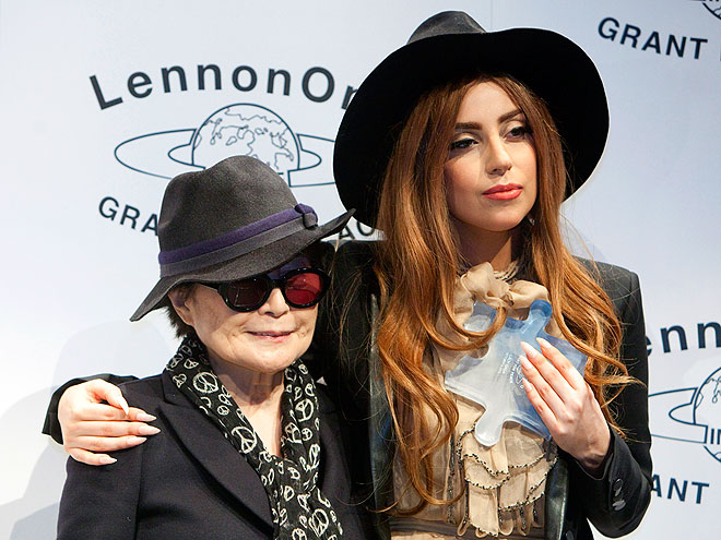 WINNING SMILE photo | Lady Gaga, Yoko Ono