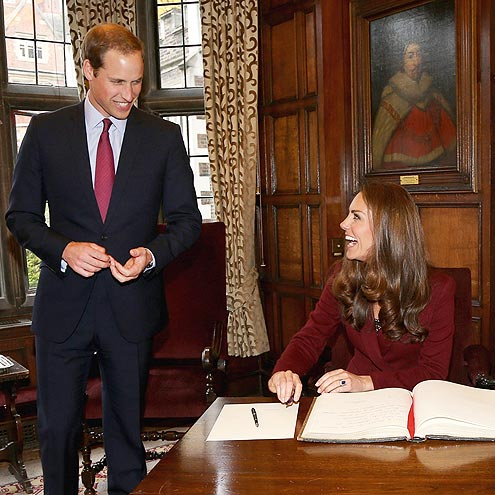 A GOOD SIGN photo | Kate Middleton, Prince William