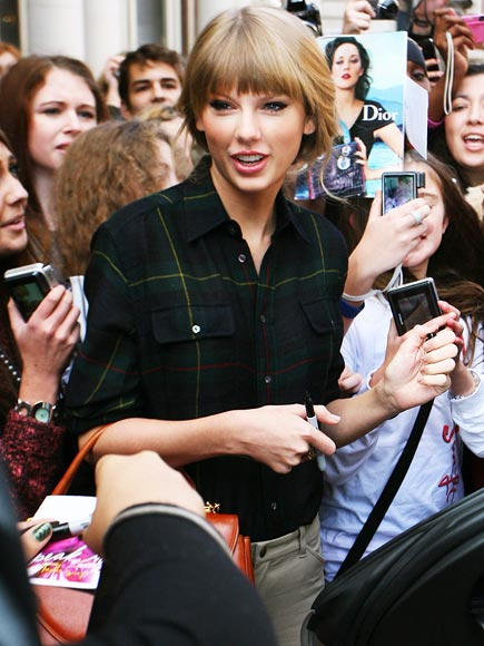 Swift Swarm photo | Taylor Swift
