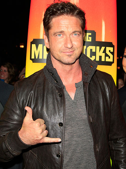 HANG TEN photo | Gerard Butler