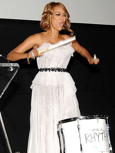 DRUM ROLL photo | Tyra Banks