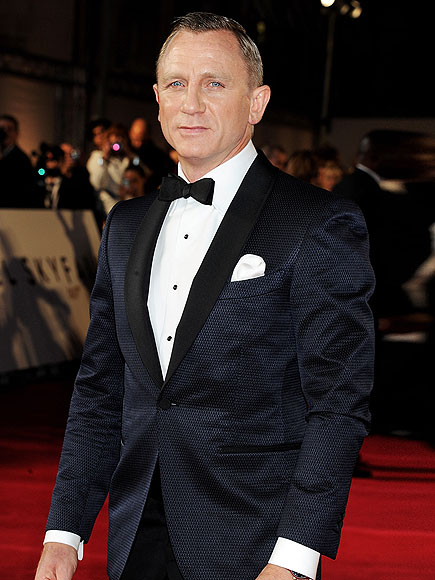 SUIT YOURSELF photo | Daniel Craig