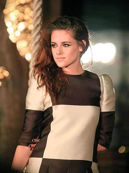 TURNED OUT photo | Kristen Stewart