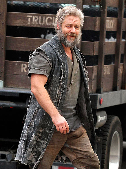 HAIRY SITUATION photo | Russell Crowe