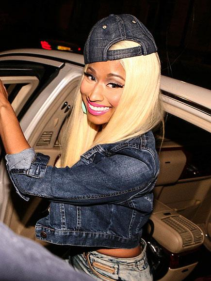 STEP RIGHT UP photo | Nicki Minaj