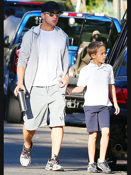 DADDY DUTY photo | Ryan Phillippe