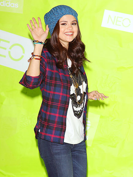 PLAID ABOUT YOU photo | Selena Gomez