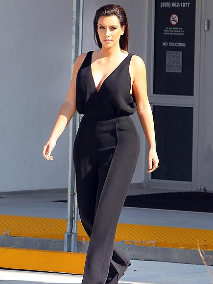 BLACK TO BASICS photo | Kim Kardashian