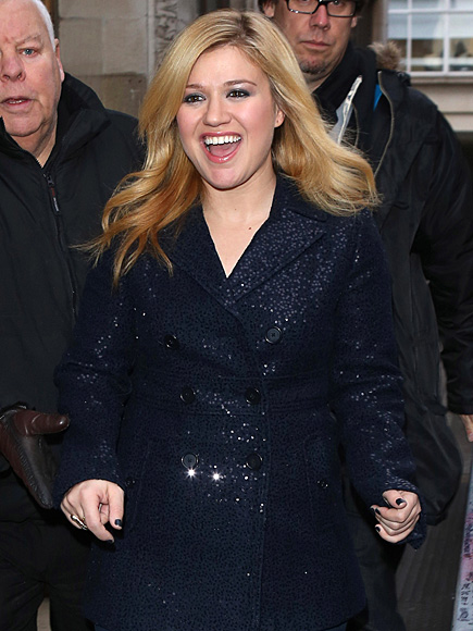 HAIR APPARENT photo | Kelly Clarkson