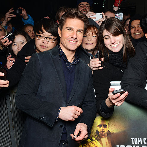 CROWD PLEASER photo | Tom Cruise