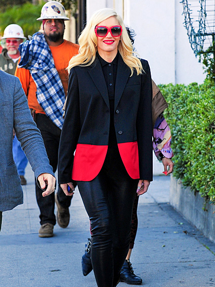 RED-Y TO ROCK photo | Gwen Stefani