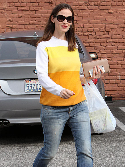 SUNNY DISPOSITION photo | Jennifer Garner
