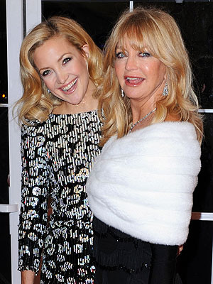 kate hudson 300x400 Chic Clicks: Beauty Advice from Star Moms, Rihanna's New Video and More