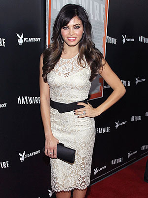jenna dewan 300x400 Jenna Dewan on Style: 'I'm a Less Is More' Type of Girl
