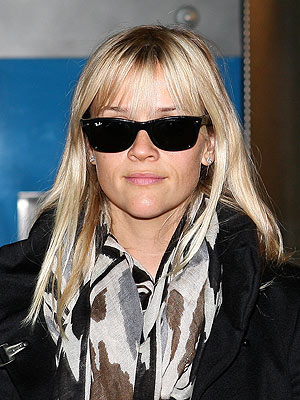 reese witherspoon 300x400 Do You Like Reese Witherspoon's New Bangs?