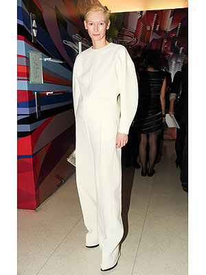 tilda swinton 300x400 Tilda Swinton 'Fortunate' to Have Fashionable Friends Dressing Her
