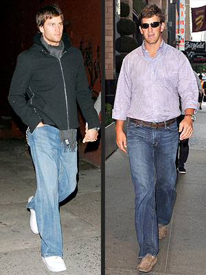 tom brady 300x400 Tom Brady vs. Eli Manning: Which Quarterback Has the Best Off Field Style?
