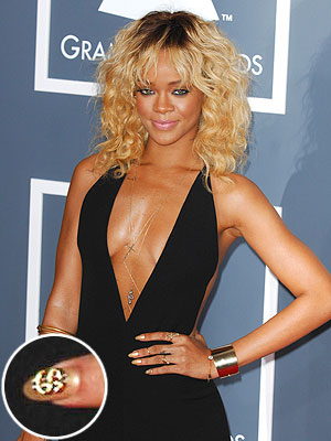 rihanna 300x400 Chic Clicks: Gold Manicure How tos, Katie Holmess New Bangs