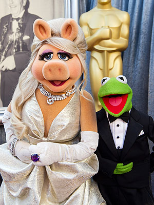 Miss Piggy Oscars 2012