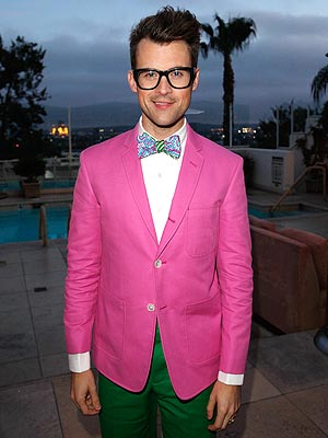 brad goreski 300x400 Oscars 2013: Talk Gowns, Jewels and Drama With Us on Twitter Sunday Night!