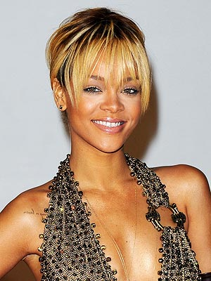rihanna 2 300x400 Rihanna Reveals Her Dream Hair Color