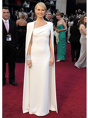 gwyneth paltrow 300x400 Gwyneth Paltrow's Stylist Says Her Tom Ford Dress 'Screamed Oscars'