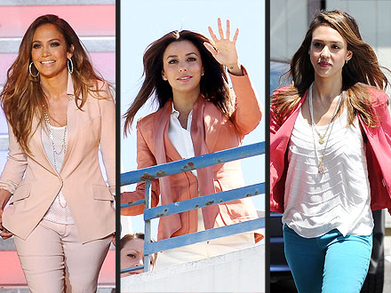jessica alba 440x330 The New Summer Essential: A Pink Blazer