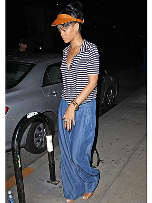 rihanna 300x400 Rihannas Questionable New Accessory: A 90s Visor