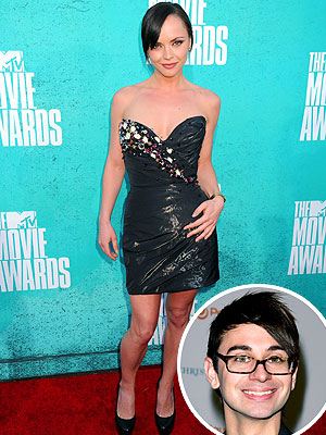 christina ricci 300 Whats Up with Christina Riccis MTV Movie Awards Dress?