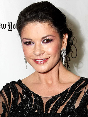 http://img2.timeinc.net/people/i/2012/stylewatch/blog/120702/catherine-zeta-jones-300x400.jpg