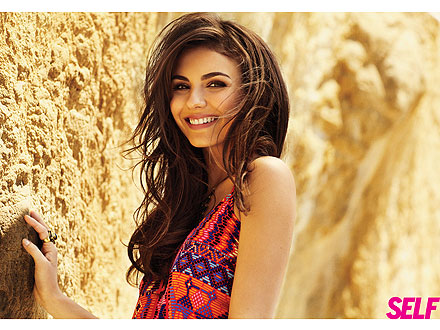 victoria justice 440x330 Six Simple Summer Makeup Tips from 'Victorious' Star Victoria Justice