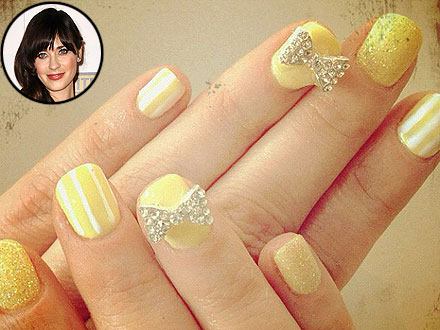Zooey Deschanel Golden Globes Nails