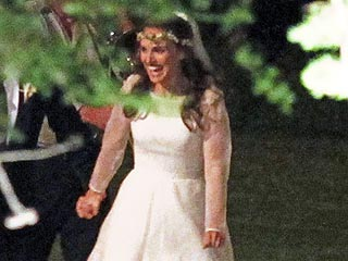 FIRST LOOK: Natalie Portman's Ethereal White Wedding Dress