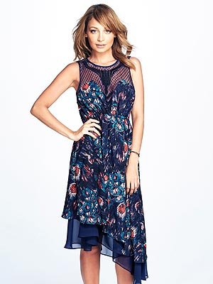nicole richie 300x400 Nicole Richie Tells Us How to Wear Her Macys Line