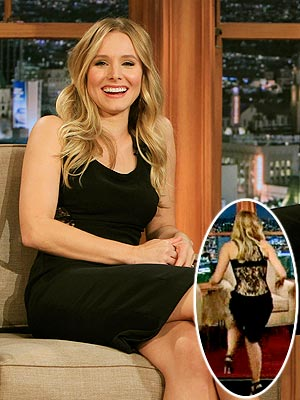 kristen bell 300x400 Better From The Back: Kristen Bells Sexy LBD