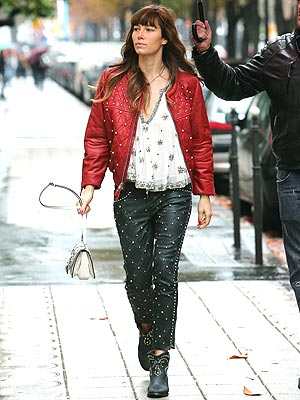 jessica biel 300x400 What Was She Thinking?! Jessica Biel Wears Head to Toe Studded Leather