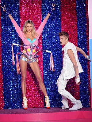 Justin Bieber Victoria's Secret Fashion Show
