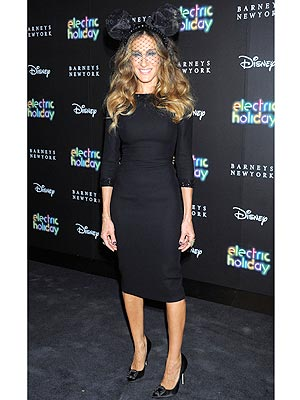 sjp 300x400 Sarah Jessica Parker: I'm No Fashion Icon