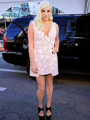 Kesha AMAs