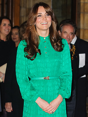 kate middleton 300x400 Chic Clicks: The Celeb with the Most Desirable Nose, Plus: A J. Crew Purse That Costs How Much?!