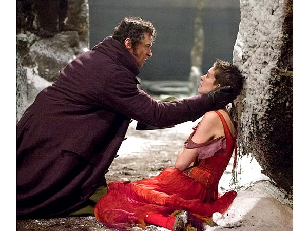 anne hathaway 600x450 The Footwear Challenges 'Les Misérables' Costume Designers Faced